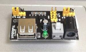ブレッドボード用電源モジュール(5V/3.3V)